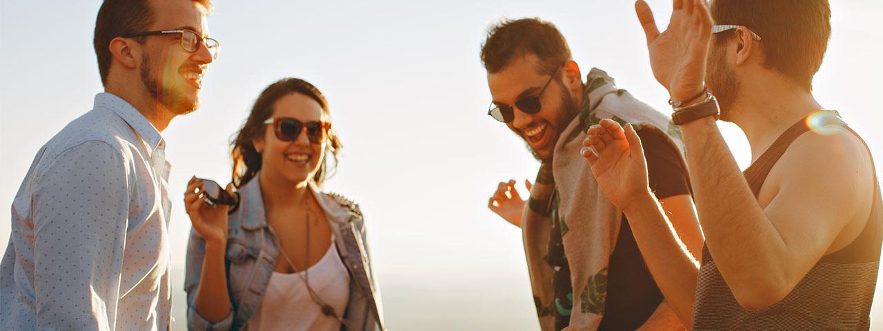 Happy-Friends-Sunglasses-1280x480