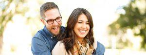 Happy Couple Outdoors 1280x480