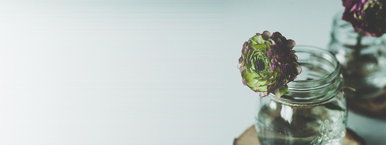 slice_flowers_in_vase
