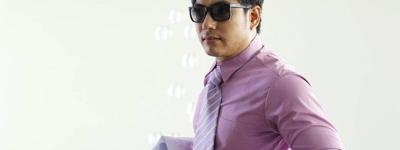 Dark-Hair-Man-Purple-Shirt-Sunglasses1280x853-1280x480