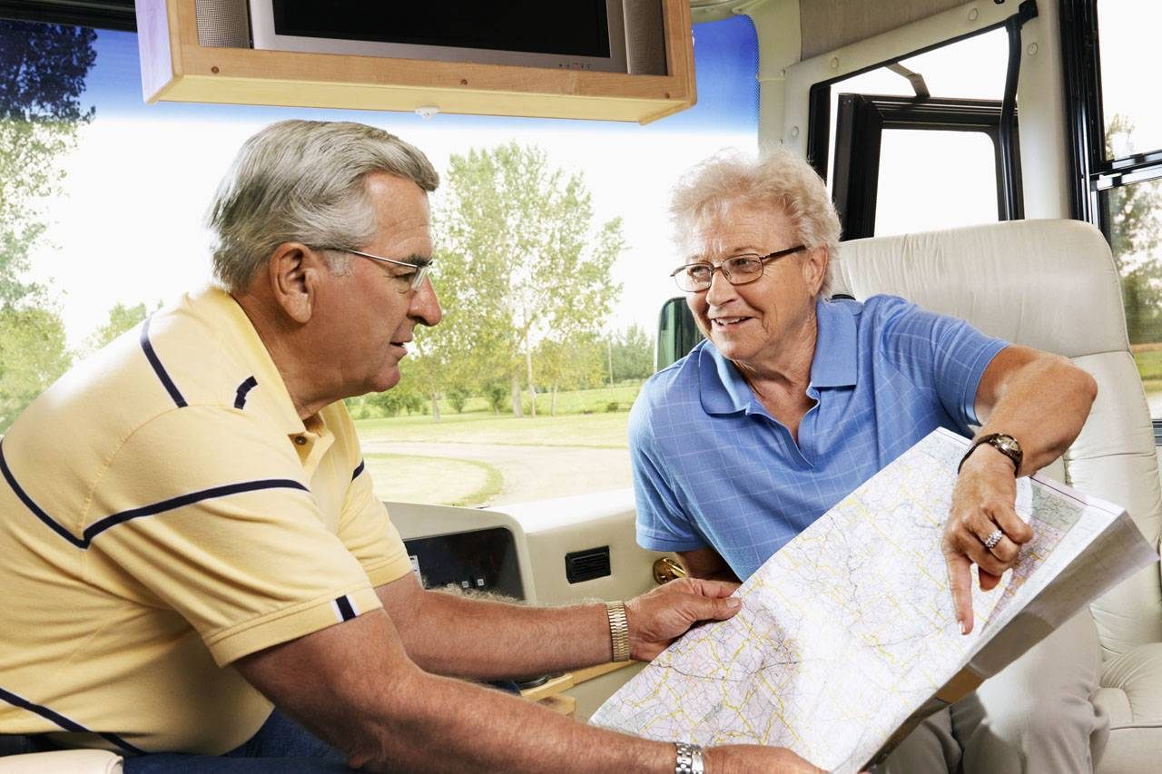 senior man and woman leading an active lifestyle