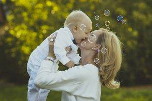 mother baby happy bubbles | Dr.'s Eyecare Center in Burlington, NJ