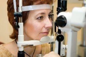 womanandmicroscope