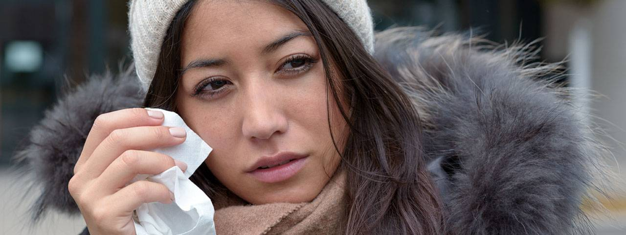 Woman Teary Eye Winter 1280x480