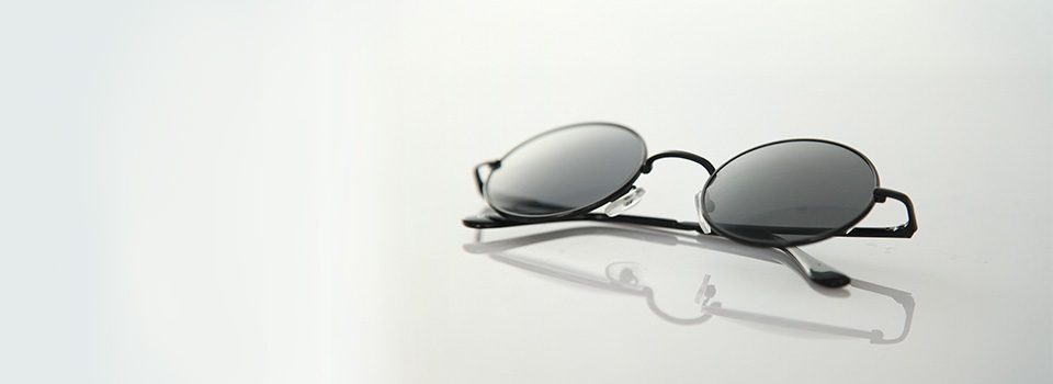 black_sunglass