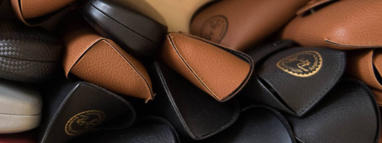 glasses cases brown and black 1280x480