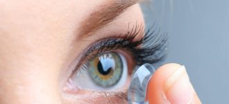 contacts eye close up woman 330x150