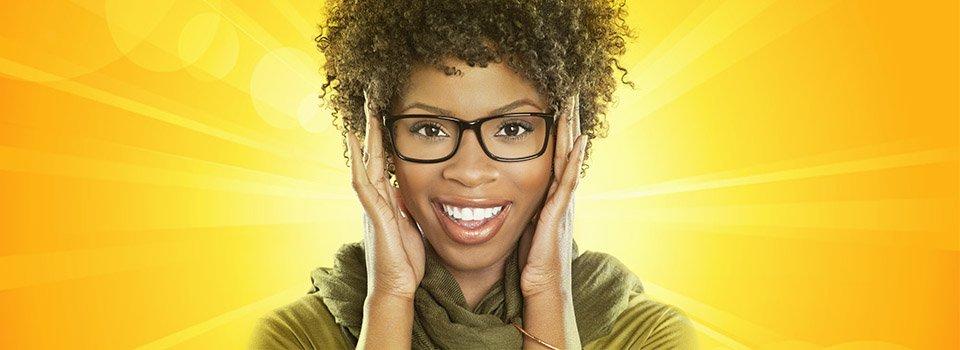 woman_glasses_yellow