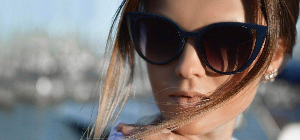 Woman Sunglasses Hair Blowing 1280x853 1024x682 1024x480