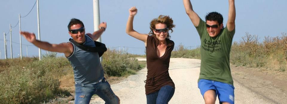 three-friends-running