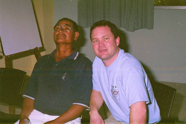 Doctor-Roth-with-pleased-patient-Guatemala