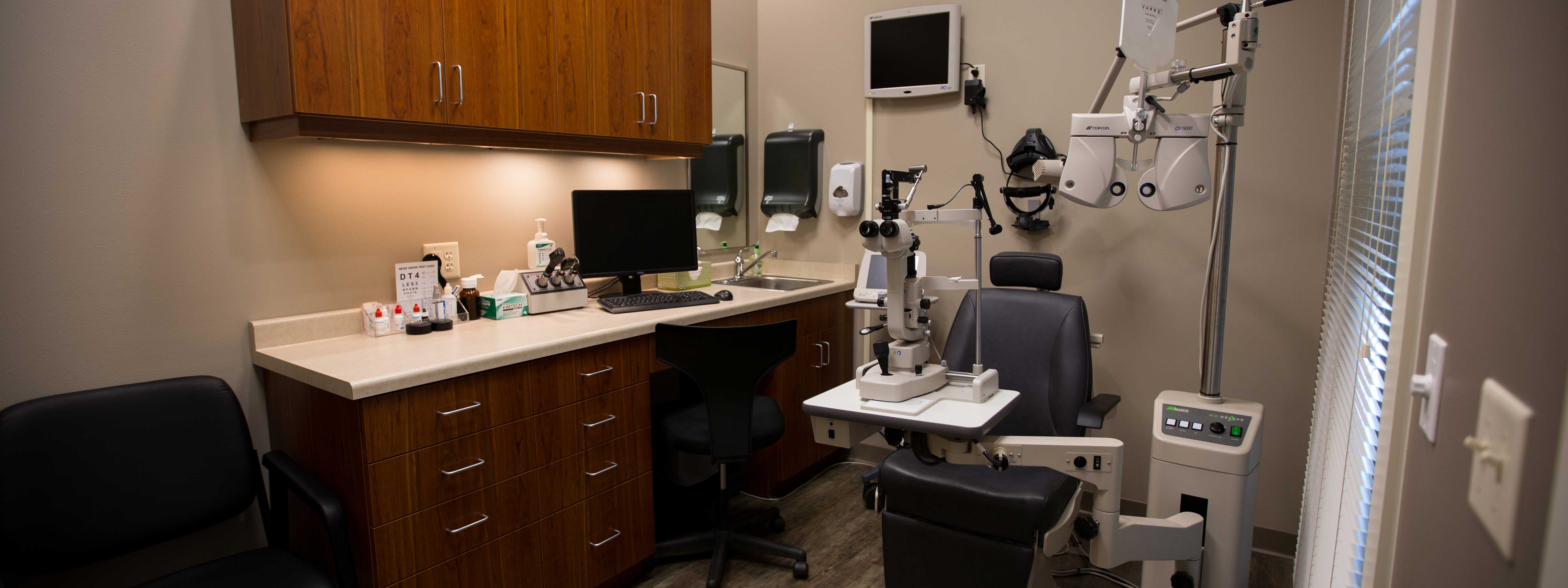 Wright-vision-care-eyecare-clinic