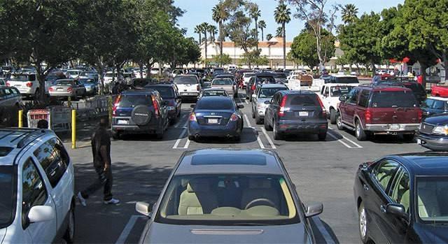 960x349_parking_lot
