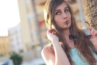 teen girl sunglasses urban small