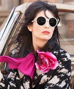 Woman wearing sunglasses from Hattiesburg Optical Shop