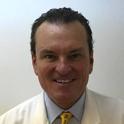 Dr-Hults-min
