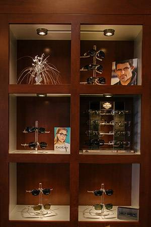 Eyeglasses & Contact Lenses in Houston, TX