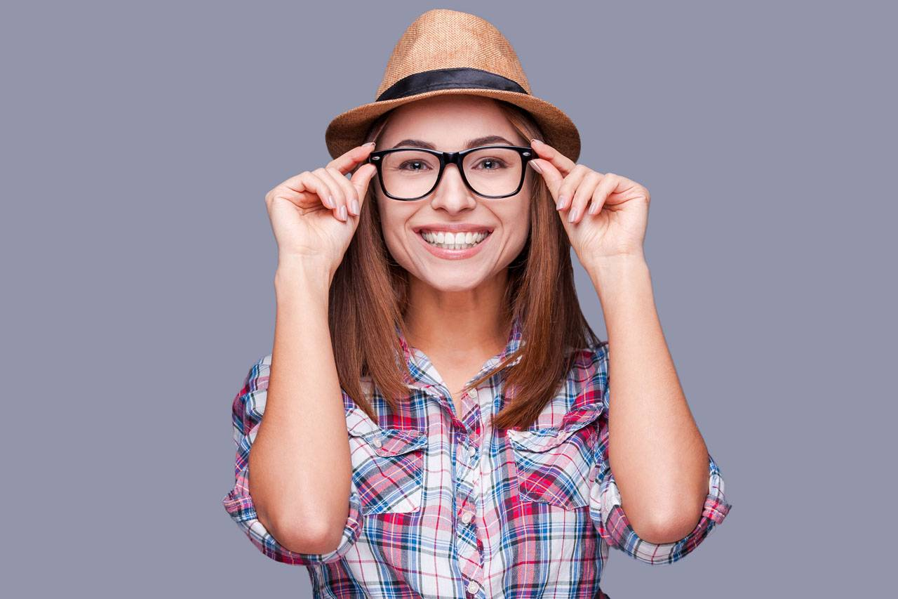 glasses american 20 woman hipster