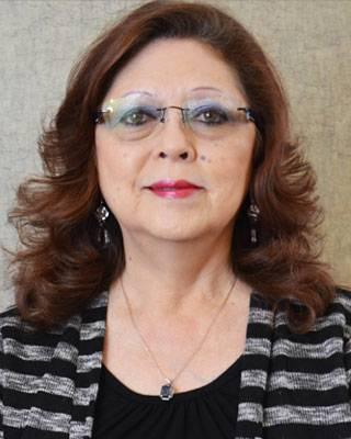 staff-jane-eyewear-consultant