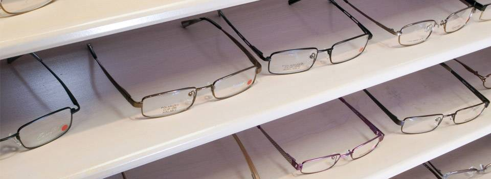 glasses-on-shelf