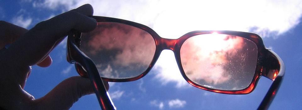 glasses-in-the-sun-2