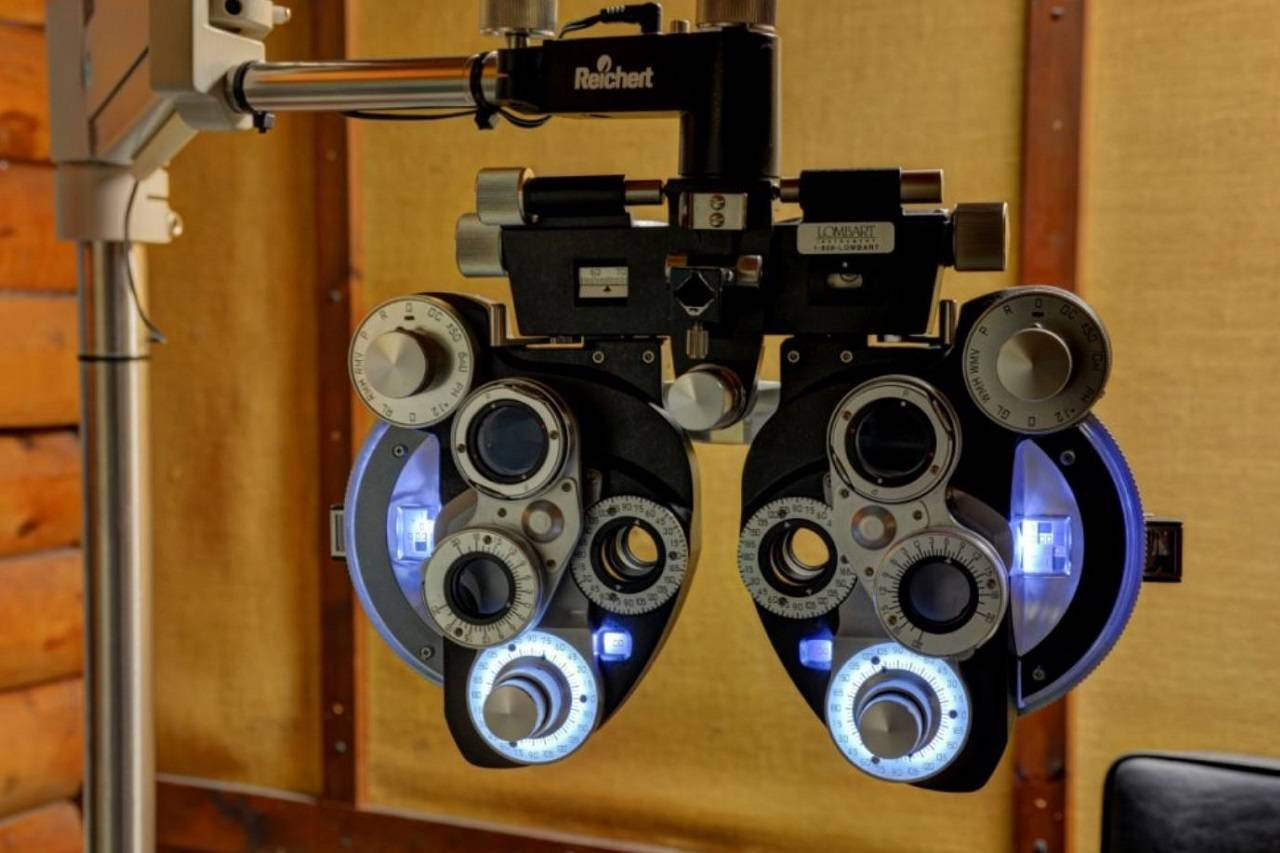 eye exam machine in marlborough ct