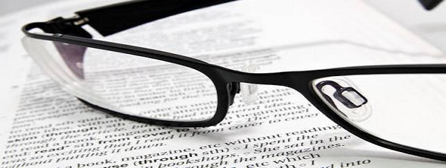 glasses_on_paper