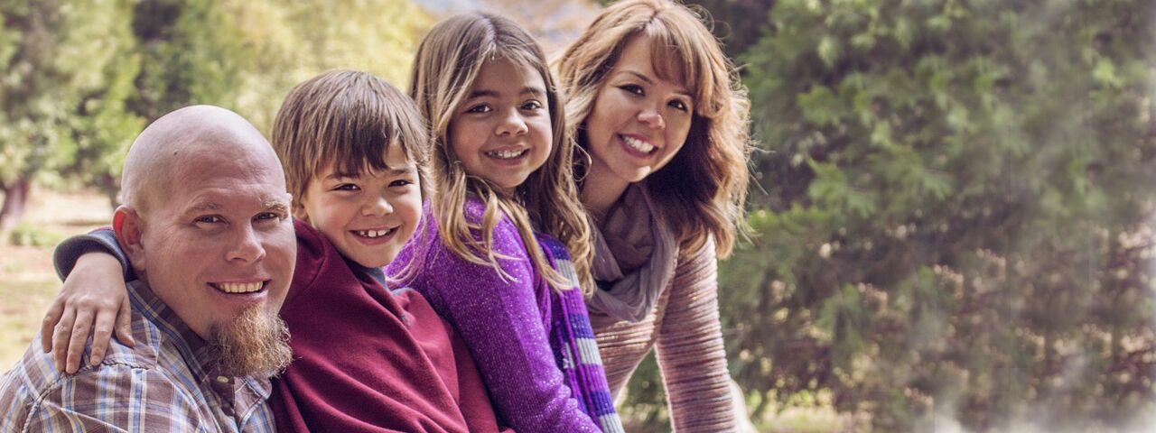 Happy20Smiling20Family201280x480_preview1.jpeg