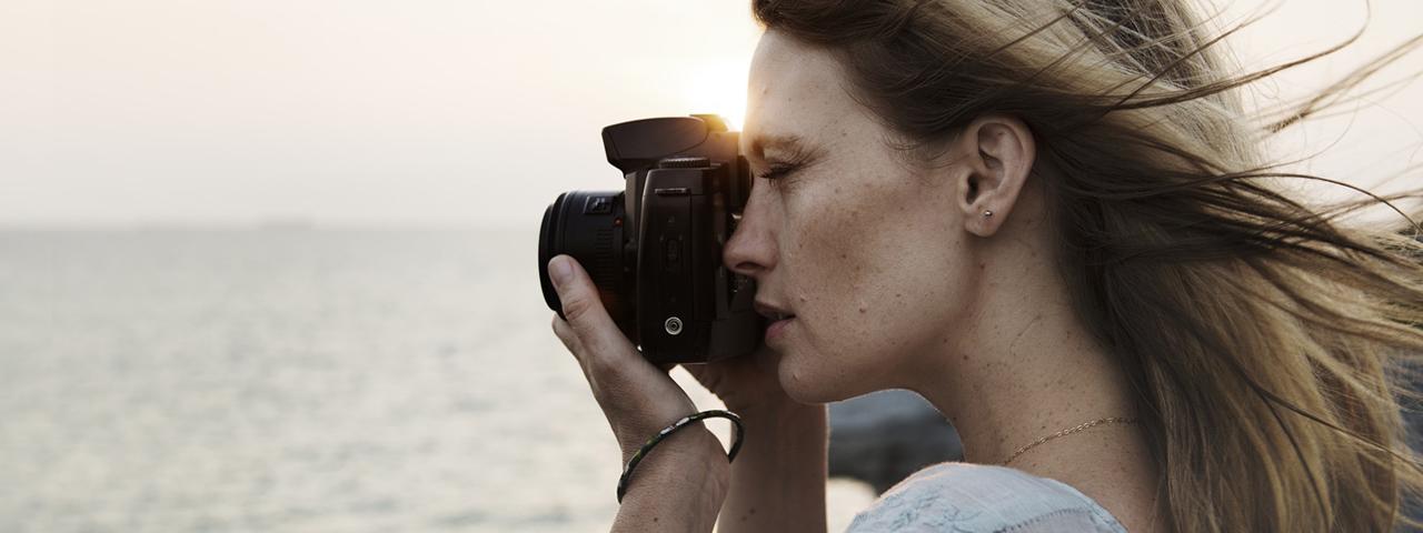 Woman Taking Photo Beach 1280x480