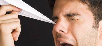 Man Poking Eye with Paper Airplane1280x853 330x150