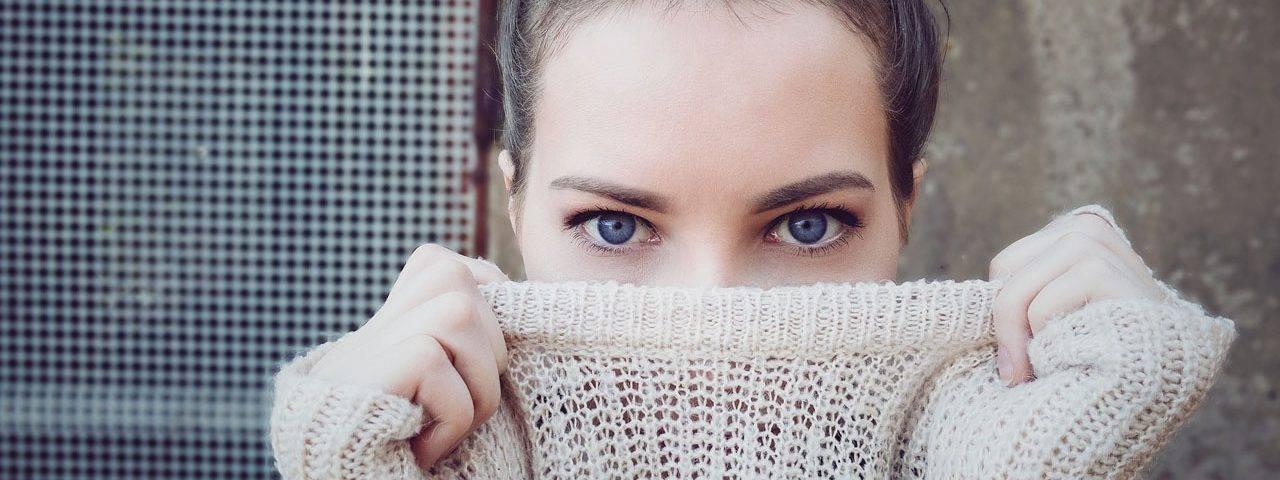 Woman Blue Eyes Sweater 1280×853