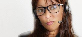 Woman Headset Glasses 1280x853 330x150