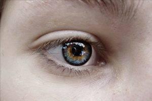 eye woman 1280x853