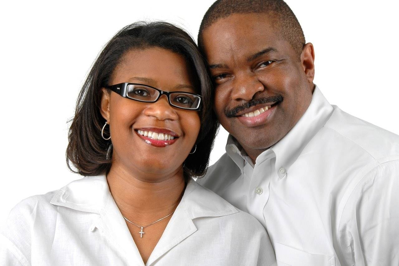 eyewear couple african american