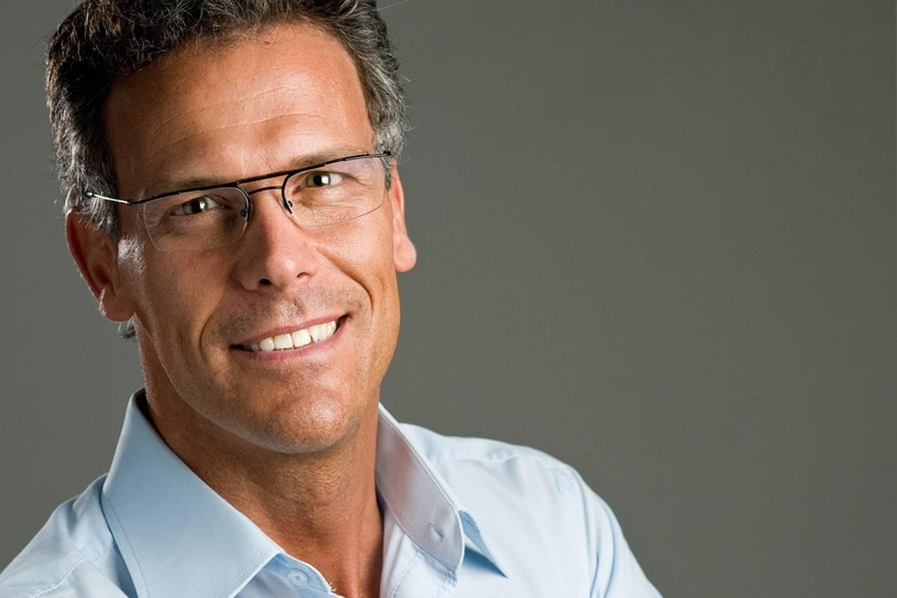 glasses man 40s studio shot