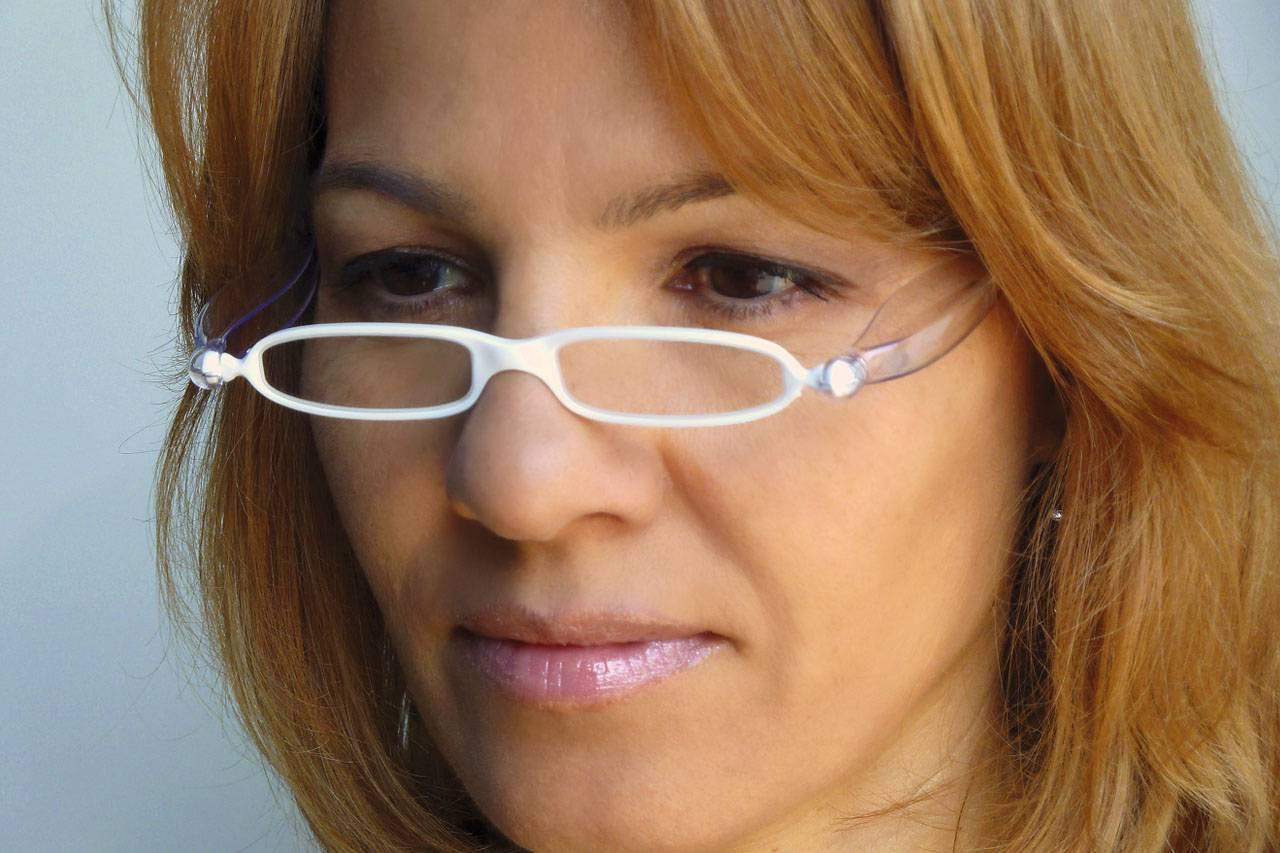 Lady with presbyopia in brooklyn