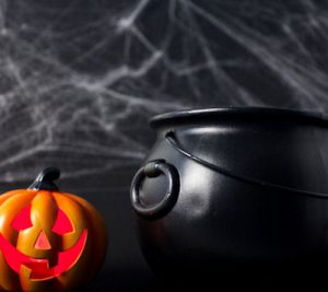 halloween pot and pumpkin