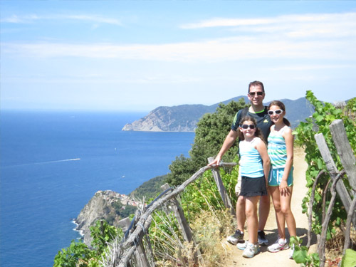 family-by-ocean