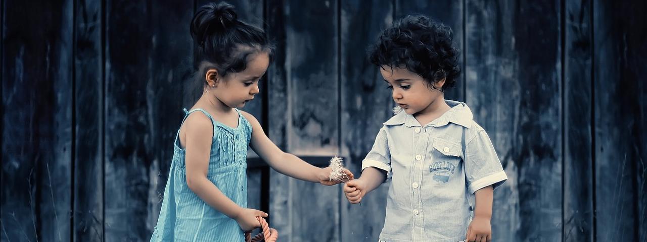children_giving_flowers_1280x480