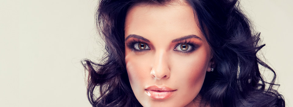 dark haired model close up