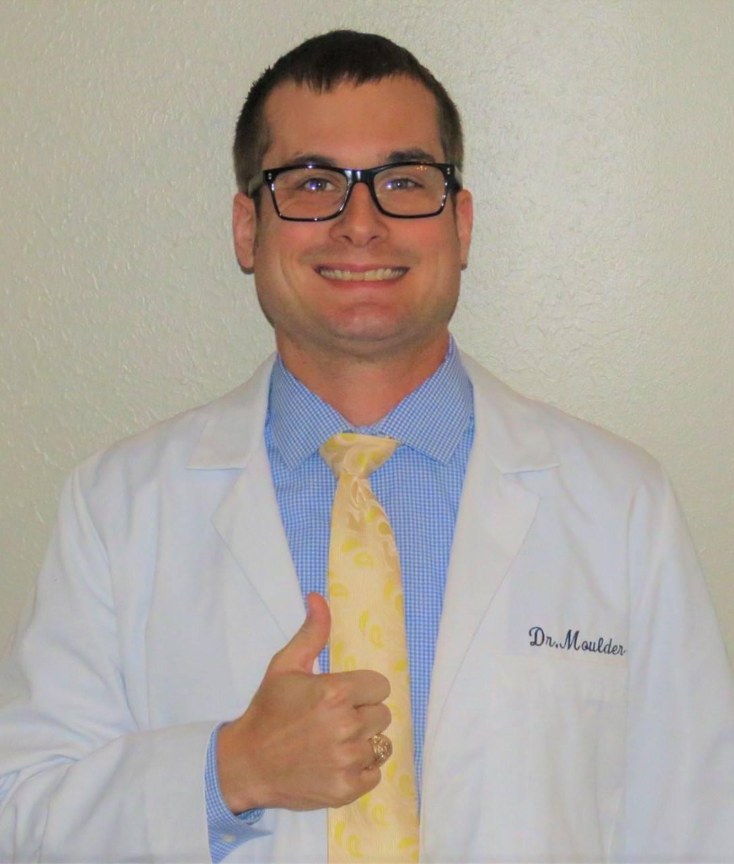 Dr.-Moulder