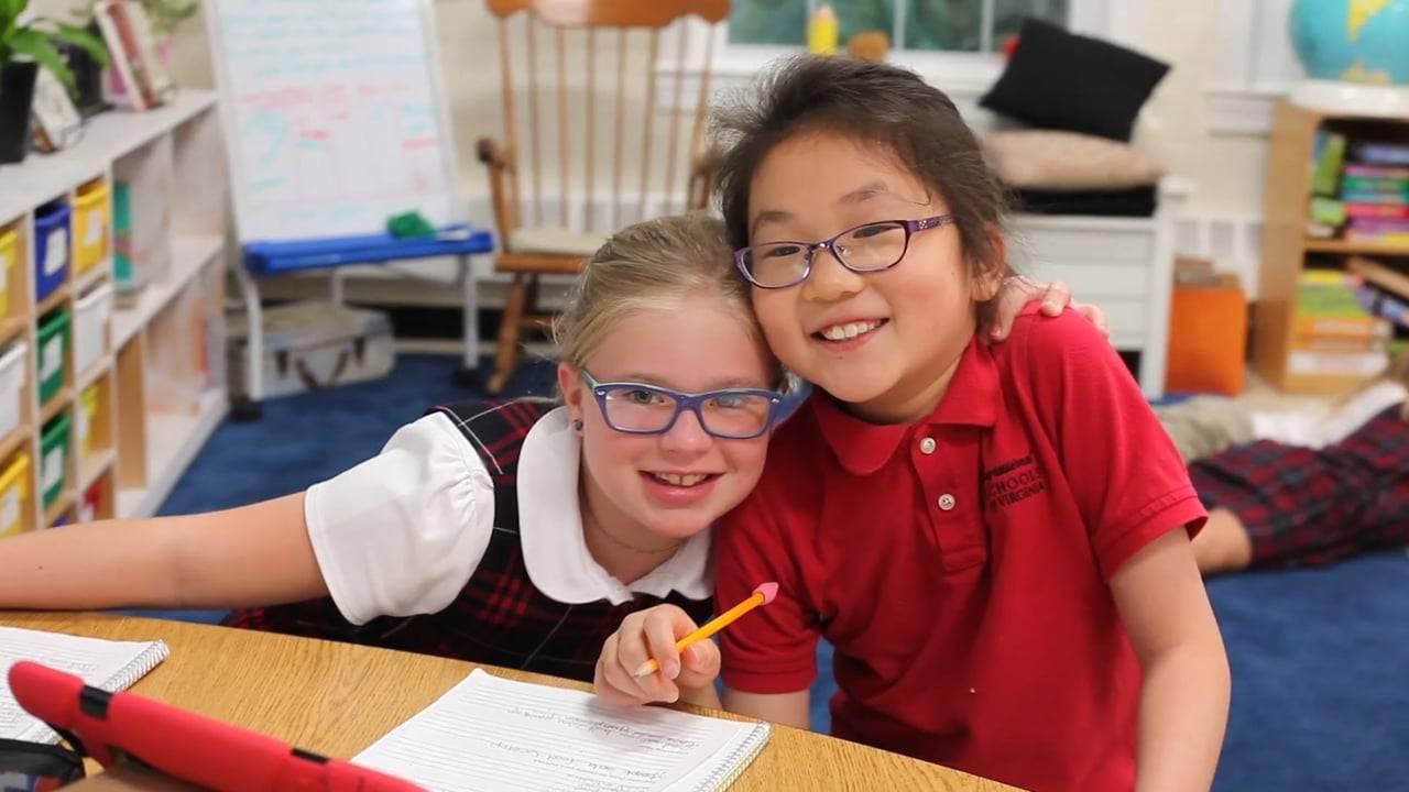 two girls 8 glasses nic