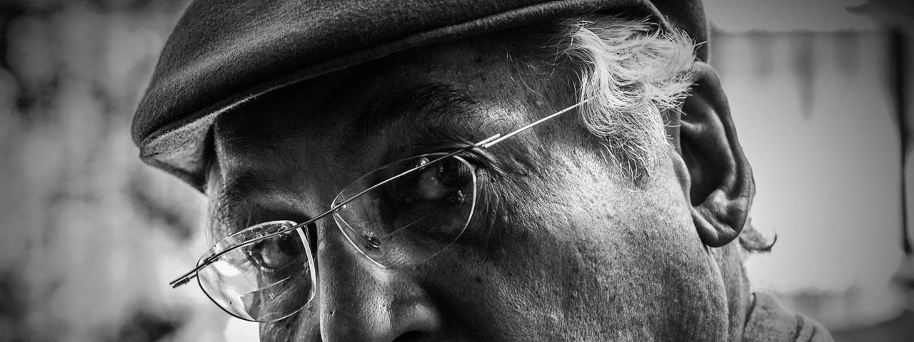 Eye doctor, senior man suffering from diabetes in Waco, TX