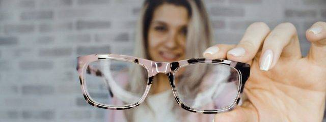 Optometrsit,Caring for lenses in Austin, TX