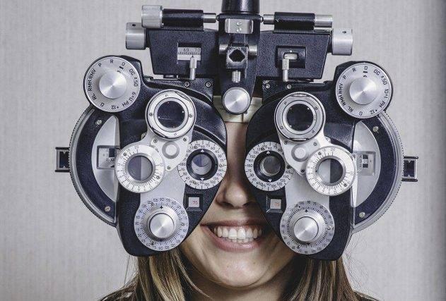 girl_eye_exam2 bkground_sm e1542273099785 631x427