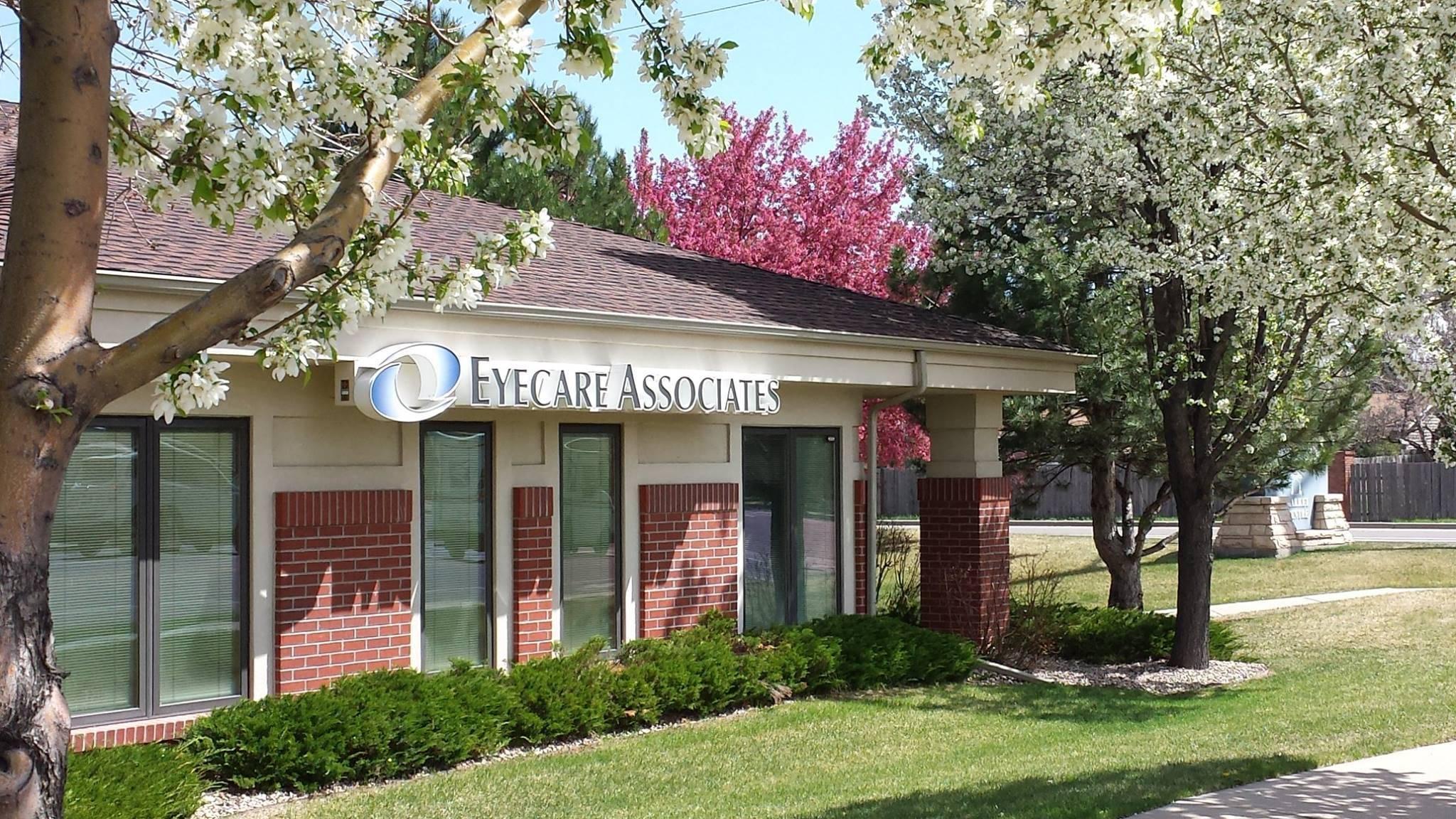 Optometrists at Eyecare Associate in Wellington,CO
