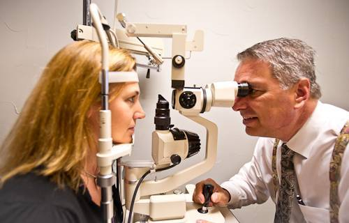 Professional Eye Exam - Las Colinas Vision Center