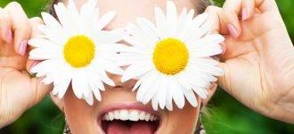 contacts woman daisy fresh eyes 1280x480jpg 330x150