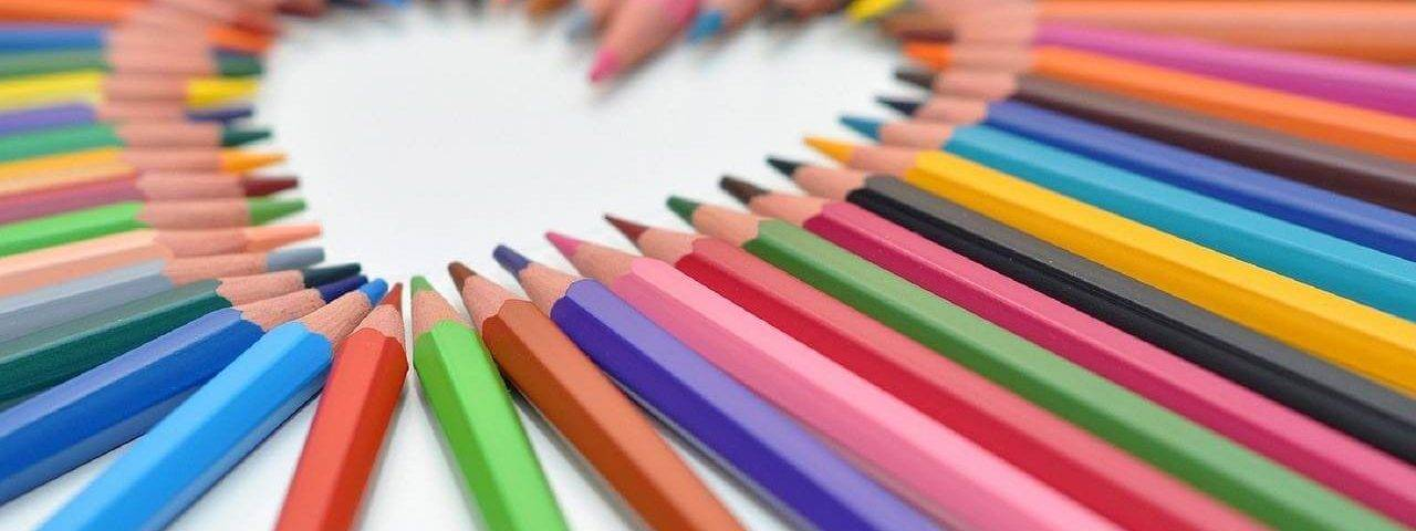 Heart-Shaped-Colored-Pencils-1280x853-1280x480