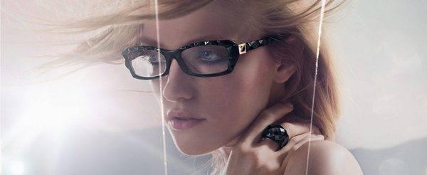 Oakley Eyewear designer frames in Overland and St. Charles, MO